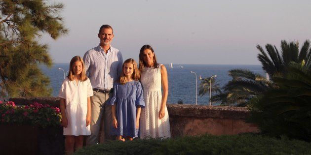Los Reyes y sus hijas trasladan el posado de verano en Mallorca al Palacio de la