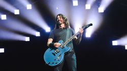 El nuevo accidente de Dave Grohl, líder de Foo Fighters, en pleno