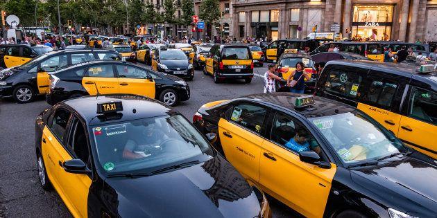 Los taxistas pedirán cambios normativos y el traspaso de competencias a