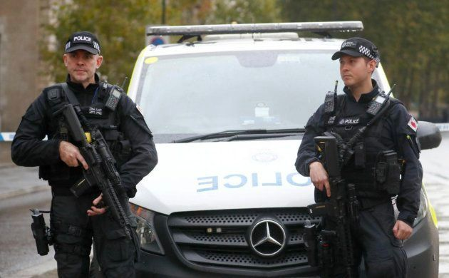 Imagen de archivo de dos policías