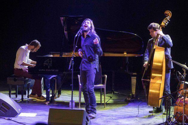 Sobral, durante el concierto en el Festival 'La Mar de Músicas' de Cartagena el jueves 26 de