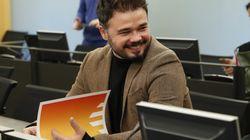 Rufián recupera un antiguo tuit de Abascal sobre Pablo Iglesias para pegarle un 'zasca' que ya es