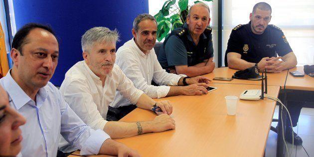 De izquierda a derecha, el delegado del Gobierno en Andalucía, Alfonso Rodríguez Gómez de Celis, el ministro...