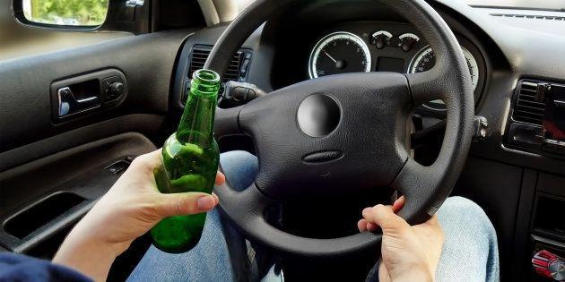 Detenido en Sevilla un conductor borracho y con -70 puntos en el