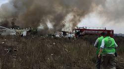 12 heridos en estado crítico tras desplomarse un avión de pasajeros en Durango