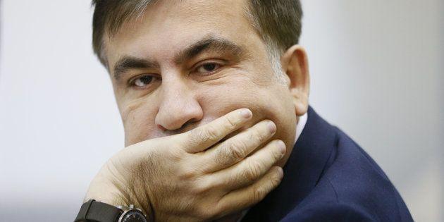 Ucrania detiene al expresidente georgiano Mijail Saakashvili y lo deporta a