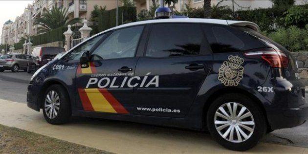Detenido un hombre por el asesinato a puñaladas de su pareja en La Viñuela