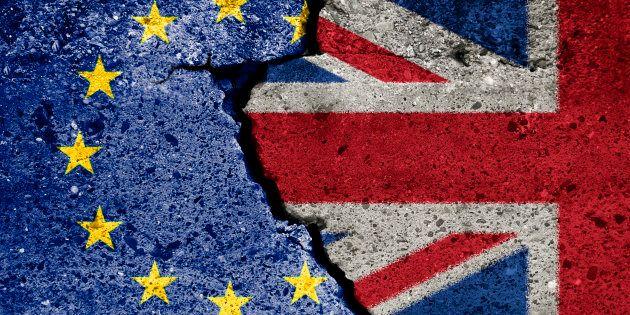 Un dudoso Brexit que amenaza al crecimiento