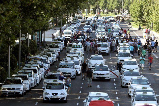 Protestas de los taxistas en el Paseo de la Castellana