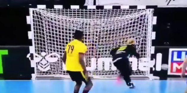 El gol de Angola, uno de los tantos del