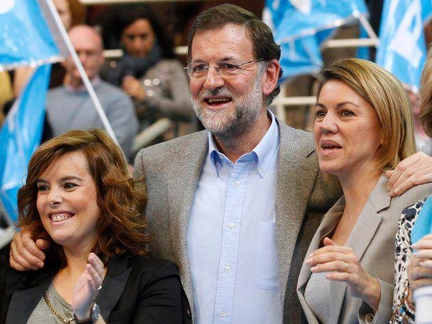 Imagen de archivo de Soraya Sáenz de Santamaría, Mariano Rajoy y María Dolores de