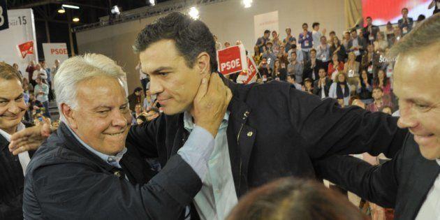 Felipe González y Pedro Sánchez, en una imagen de