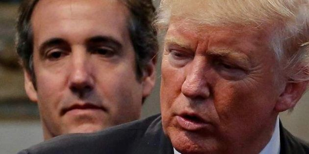 Imagen de archivo de Cohen (izq) y Trump