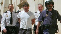 Un hombre que mató a su mujer en 2003 asesina a la abogada que lo defendió y con la que tenía ahora una