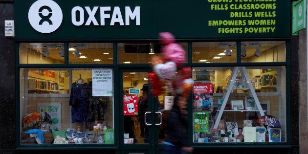 Una tienda de Oxfam en el Reino