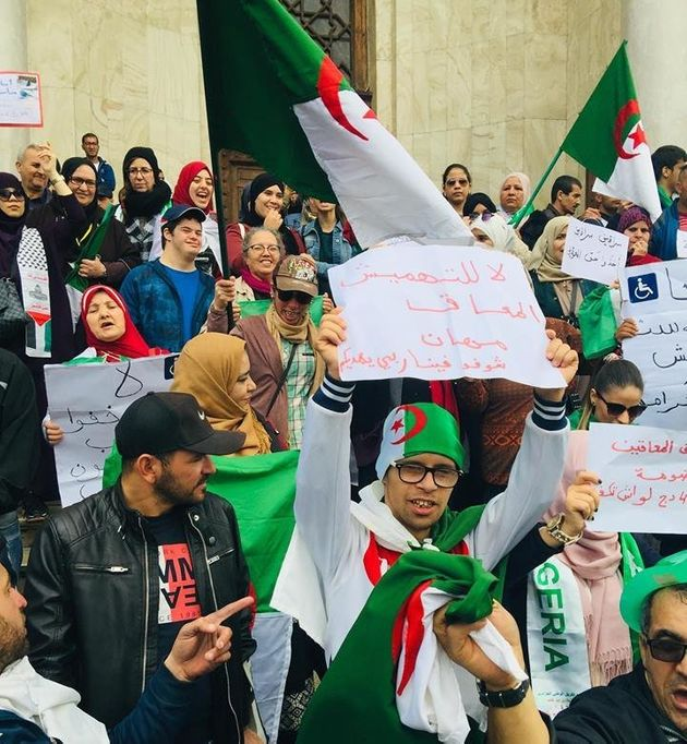 Sit-in des personnes handicapées à Alger :