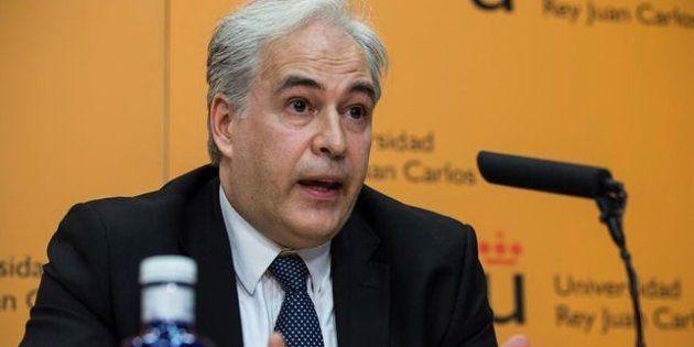 Pablo Chico de la Cámara, durante una rueda de prensa en la Rey Juan Carlos para explicar los detalles...