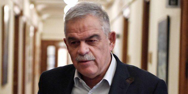 Nikos Toskas, llegando hoy al consejo de ministros, antes de su