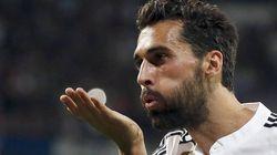 Arbeloa se viene muy arriba tras la sufrida victoria del Madrid ante el PSG y Twitter