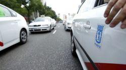 Un taxista arrollado por un vehículo VTC en Madrid, en estado