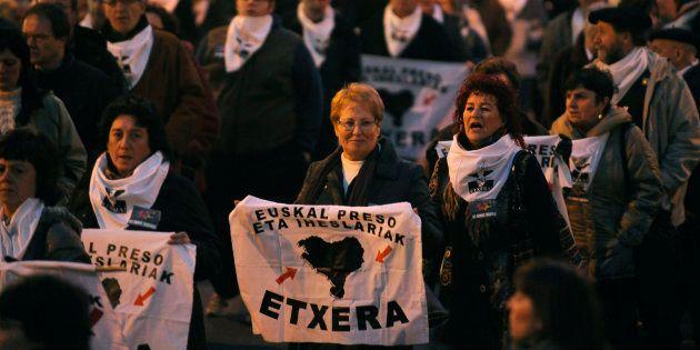 Manifestación a favor del acercamiento de los presos de ETA a Euskadi en Bilbao en