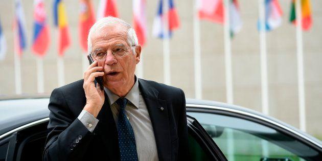 El titular español de Exteriores, Josep Borrell, llegando el pasado 25 de junio a una reunión de ministros...