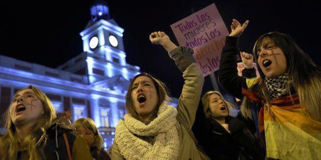Protesta de mujeres contra Vox, en