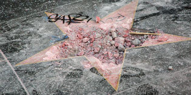 Hollywood pide retirar la estrella de Trump de su paseo de la