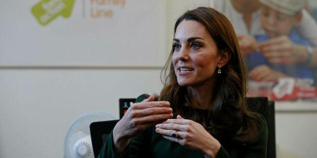 Kate Middleton durante su visita a la asociación Family Action este