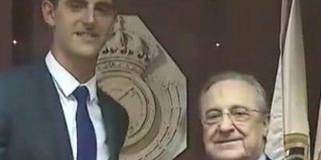 Cachondeo por lo que está haciendo Florentino Pérez en esta imagen con