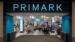 La Policía investiga el extraño hallazgo en unos calcetines de Primark: la empresa pide
