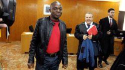 El juicio por Adou, el 'niño de la maleta', se salda con una multa de 92 euros para el