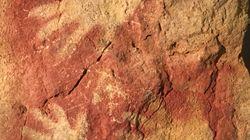 Encontradas tres nuevas manos grabadas en la cueva de