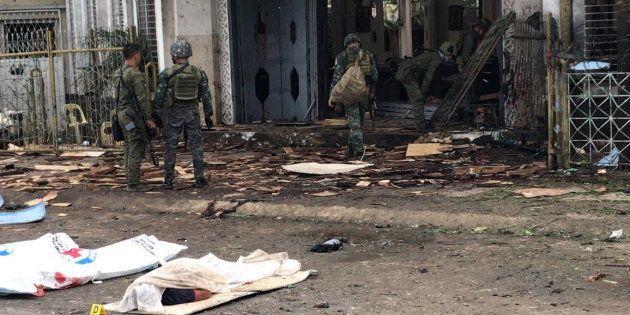 Dos bombas han explotado en una catedral en