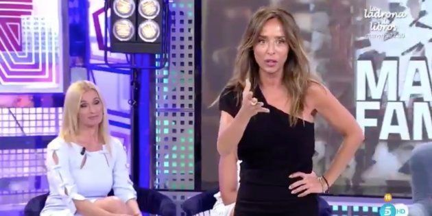 El divertido lapsus de María Patiño en 'Sábado Deluxe' al presentar a Aramis