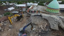 El número de muertos por el terremoto en la isla indonesia de Lombok supera ya los