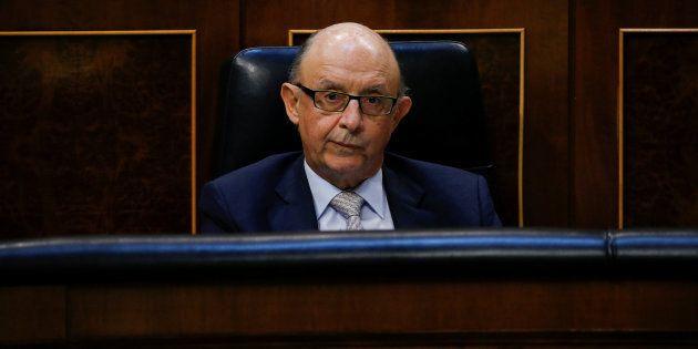 Cristóbal Montoro, ministro de Hacienda. REUTERS/Juan