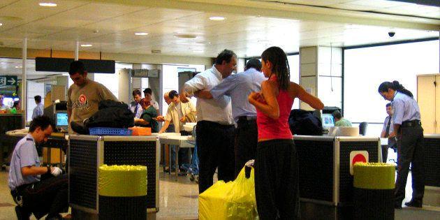 Control de seguridad en Barajas, en una imagen de