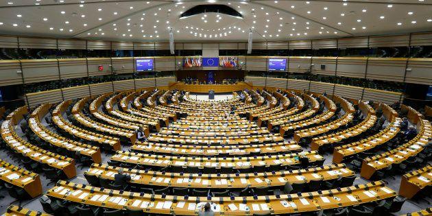 Vista general del salón de plenos del Parlamento Europeo en
