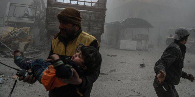 La ONU acuerda un alto el fuego de 30 días en Siria y horas después un bombardeo mata a varios