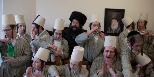 Fiesta del Purim en una comunidad judía en