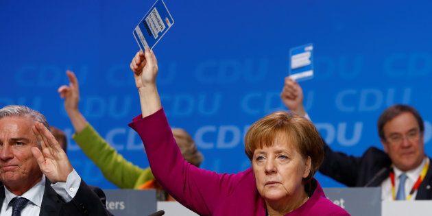 Angela Merkel, durante la votación en el congreso de la