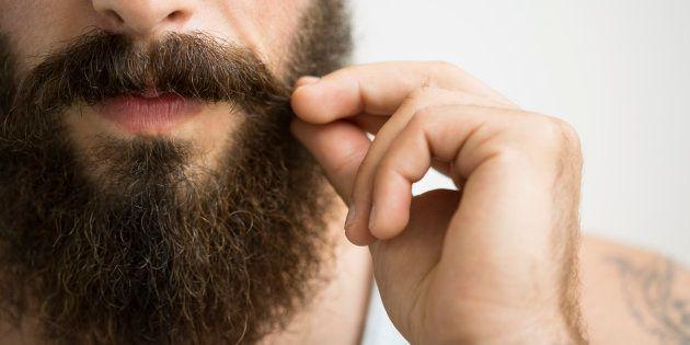 ¿Por qué los hombres tienen barba y las mujeres