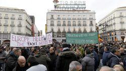 Los taxistas acamparán en la Puerta del Sol de Madrid hasta que Garrido les