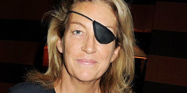Marie Colvin, retratada en un acto público en Londres, un año antes de ser