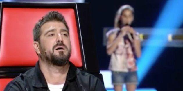 La actuación de una niña invidente hace llorar en directo a Antonio Orozco en 'La Voz