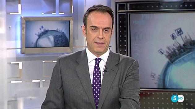 Jesús María Pascual, presentando los deportes en 'Informativos
