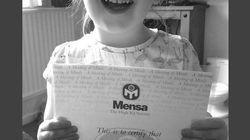 Una niña británica de tres años tiene un coeficiente intelectual superior al de Albert Einstein y Stephen