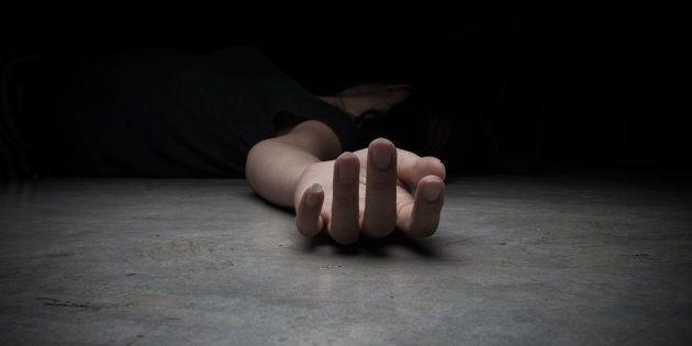 Detenido un hombre por asesinar de dos disparos a su mujer en Cabana de Bergantiños (A