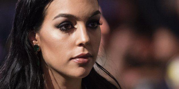 El sensual posado de Georgina Rodríguez en la cubierta de un yate que ha despertado la admiración